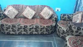 5 seater sofa set with cushions and sofa covers only 4500 rupees