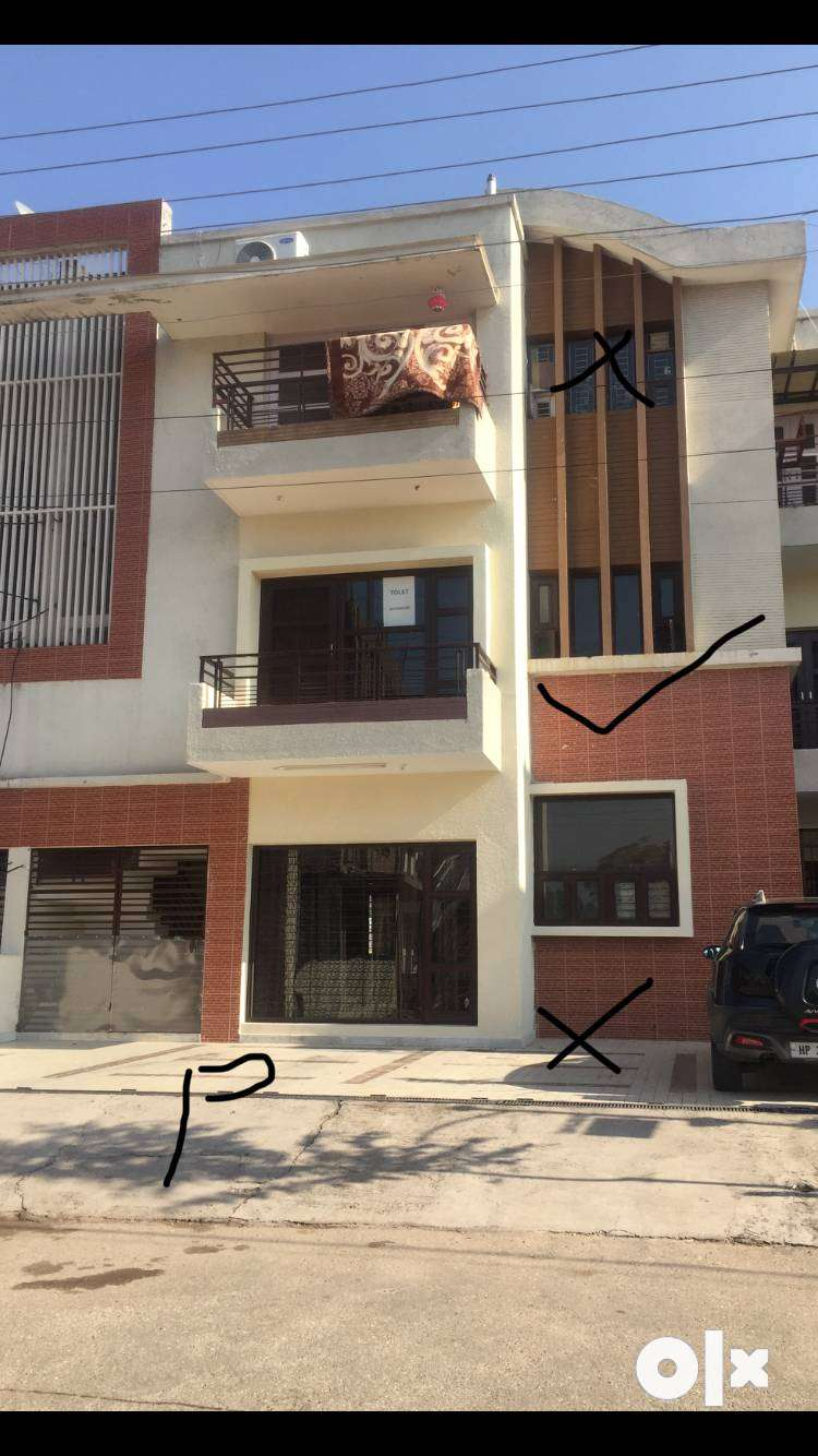 For RENT 3 BHK floor at Amravati enclave Panchkula 0