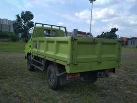 2 unit Dutro 110 SD Istimewa