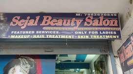 Running Beauty Parlour On Sale !!