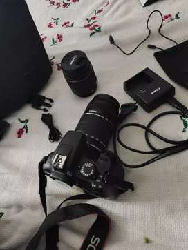 Camera Canon 1300d