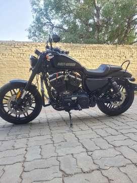 Harley Davidson Roadster 1200 fully loaded