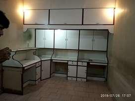 Shop, office, service centre in hazratganj in Narain complex