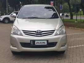 Innova G Diesel AT 2011 KM 80Ribuan Record Toyota