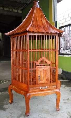 sangkar burung beo atau hewan lainnya