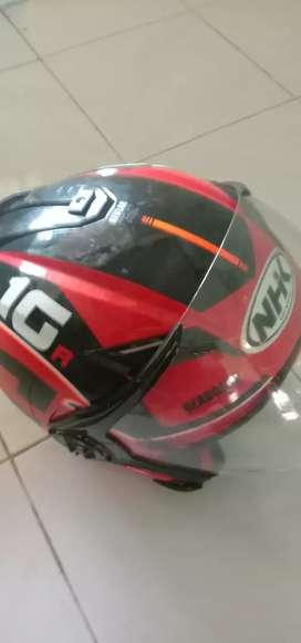 Helm bekas kondisi bagus