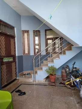 01 BHK  Semi furnish flat on rent Rs 6500.