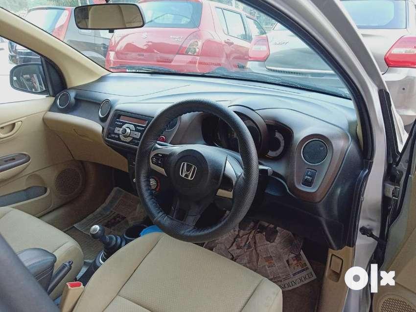 Honda Brio S(O),MT, 2013, Petrol 0