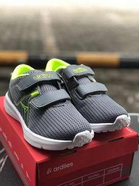 Ardiles Sepatu Sneaker Anak anak Vitton Series Warna Abu abu