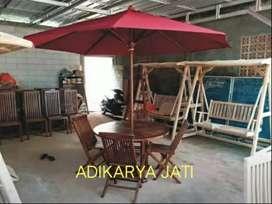 Meja payung set 4 kursi taman kayu jati.