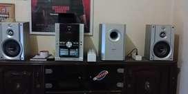 Dijual Panasonic DVD stereo SA-VK650 5 cd changer