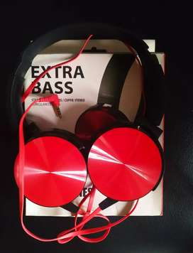 Brand new Stereo bass headphones with Mic