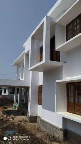 3200 sqft 10 cent house near meenangadi town