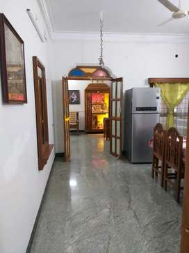 White town, Gingee salai, Flat for sale