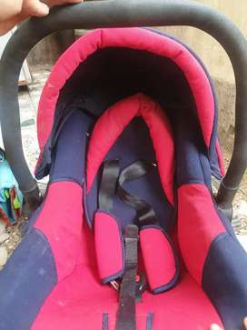 Mee mee Baby carry cot 3 in 1 red and blue colour