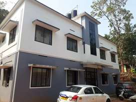 2 bhk apartment ground flor near thondayad.