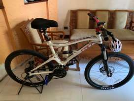 Sepeda Gunung GT size M 27,5 Like NEW