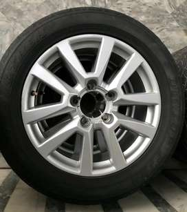 Land cruiser rims and tyres