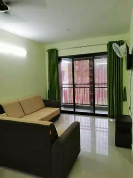 3 bhk fully furnished gated communitty flatt at aluva area