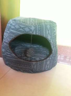 Cat bed with toy