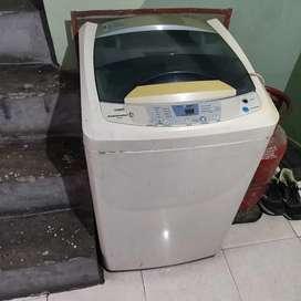 Kelvinator fully automatic washing machine for sale