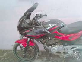 . good condition bike 220pulser