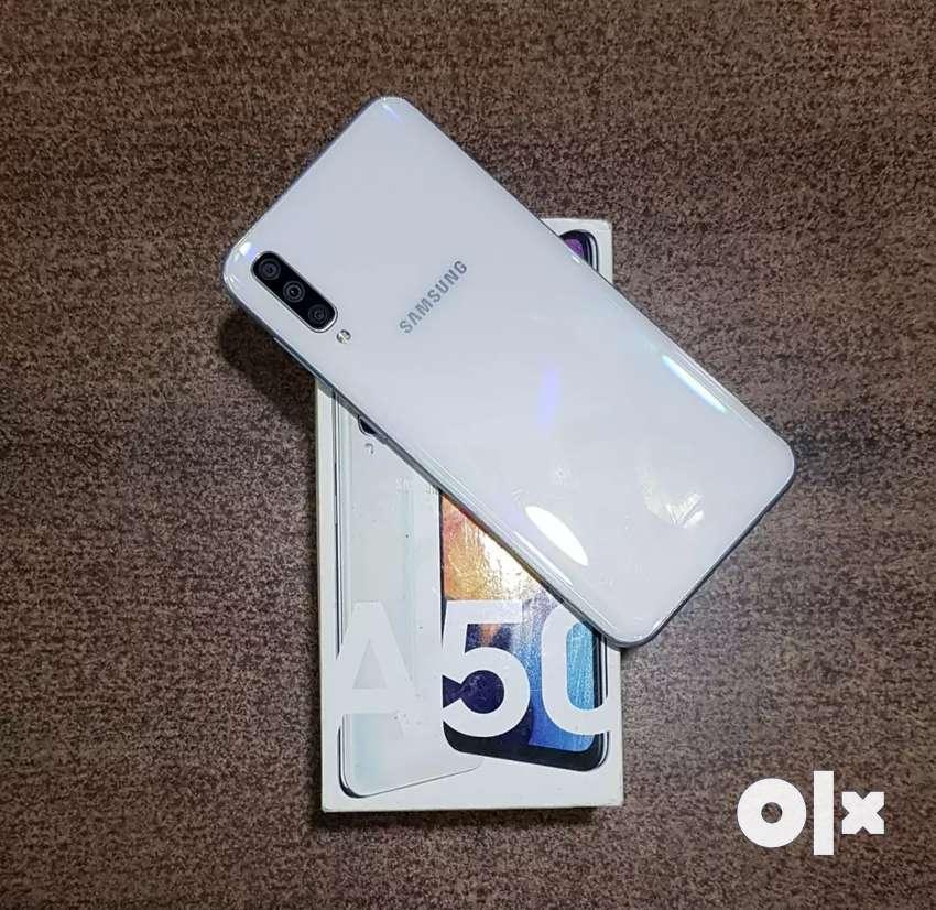 Samsung Galaxy A50 0