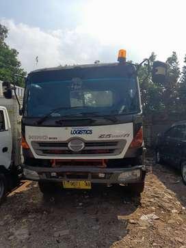 Head Truck HINO SG 260J  tahun 2013