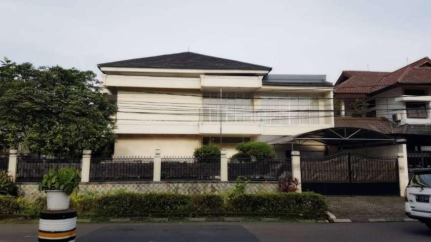 Dijual rumah mewah dan asri lokasi premium di Pondok Indah 0