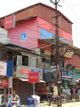 Commercial-Shop/office Complex At heart of Ottapalam