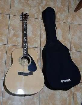 Akustik gitar Yamaha F310