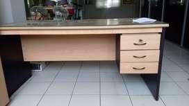 meja kantor 1 biro, meja kantor bagus, meja kantor murah, 1 biro.