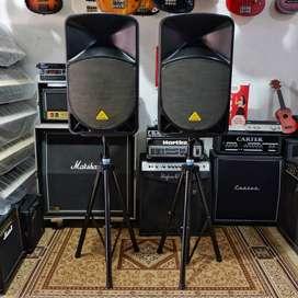 BILLY MUSIK - Speaker Aktif Behringer Eurolive B115D 15 Inch 1000 Watt