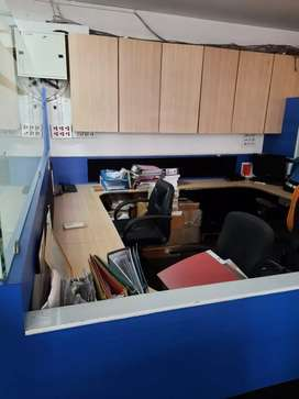 FURNISHED OFFICE NR STATION WITH CABIN NR CHEMBUR STATION NEW GLASS FA