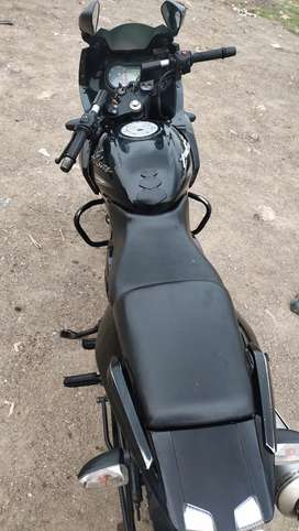 Pulsar 220 urgent sell tip top condition