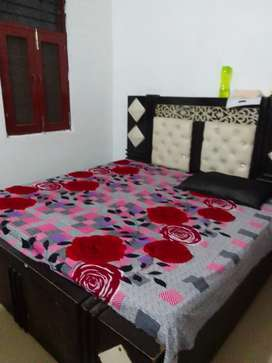 Required room mate only female and girls