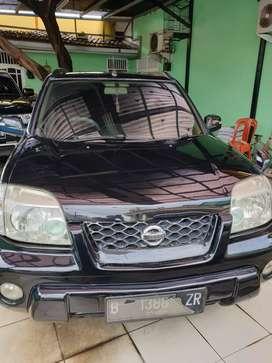 Nissan X Trail 2,5 ST Automatic Tahun 2005 Warna hitam metalik