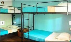 Tempat tidur bertingkat