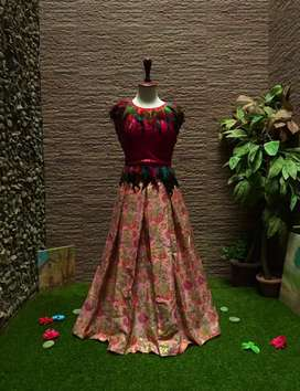 FANCY HANDMADE EID/ PARTY/BRIDAL WEAR LEHNGA WITH HOT PINK TOP!