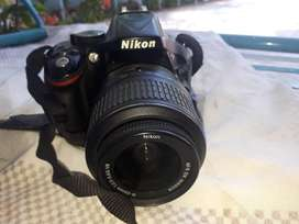Nikon D5200 with Kit, 70-300mm Lens, Extra Batteries
