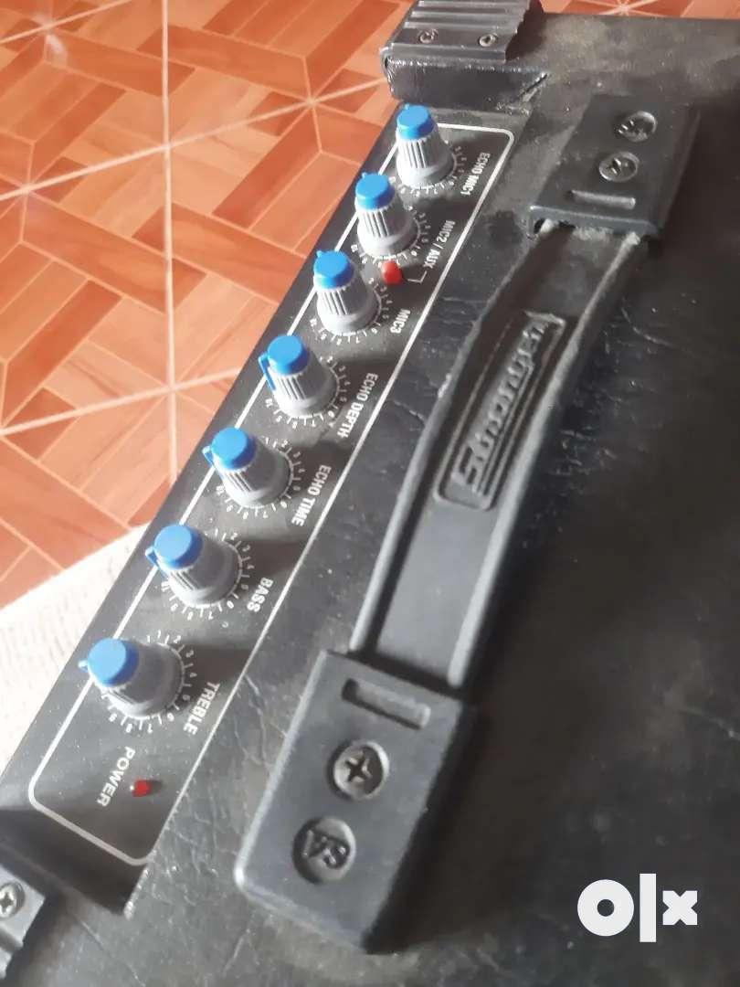 Guitar ampli fier / speaker