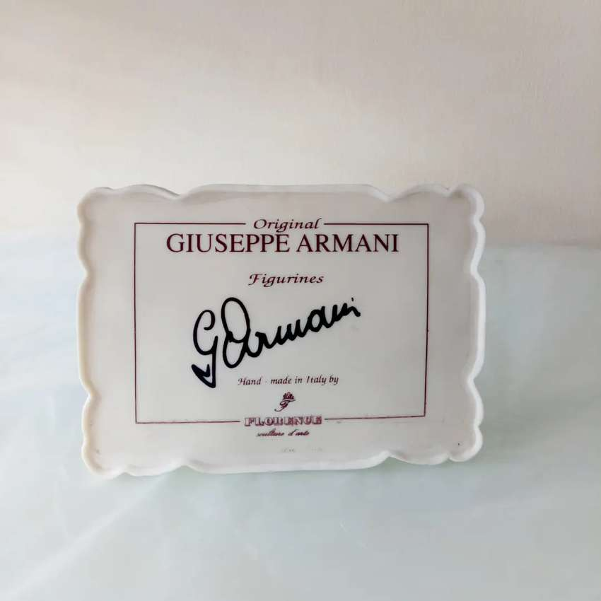 Plakat nama panel display sign patung pajangan keramik Giuseppe Armani 0