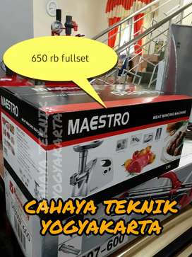 (CAHAYA TEKNIK JOGJA) mesin gilingan daging maestro new