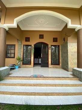 Rumah mewah lantai 2 dekat jalan adisucipto Mataram