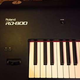 Roland RD 800 digital piano