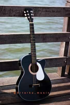 Gitar akustik Yamaha type G-525 dapat tas senar
