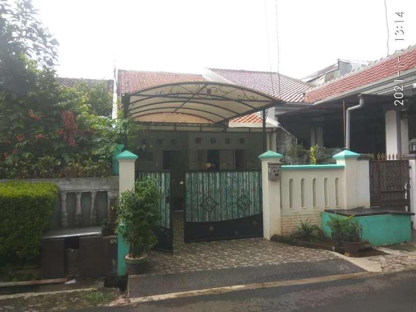Rumah nyaman siap huni murah di kompleks palapa pasar Minggu