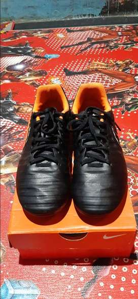 Sepatu bola JR LEGEND 7 CLUB FG