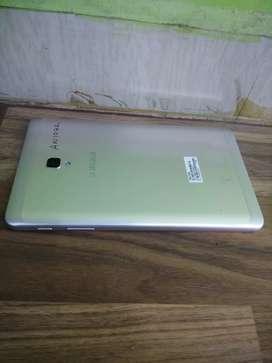 Samsung galaxy tab A 2gb 16gb ram  gol only tab
