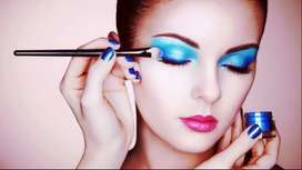 Makeup Artist available in Lahore